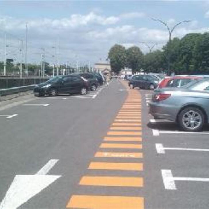 Parcheggio Ufficiale EFFIA GARE DE CHANTILLY P2 (Esterno) Chantilly