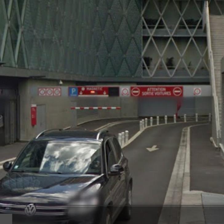 URBIS PARK CENTRE COMMERCIAL BEAUGRENELLE MAGNETIC P1 Public Car Park (Covered) Paris