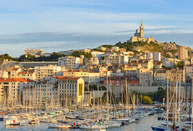 Old Port car parks in Marseille - Book at the best price