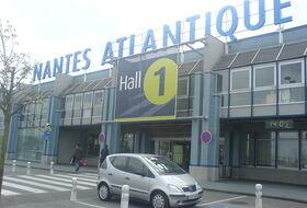 Parques de estacionamento Aeroporto de Nantes - Reserve ao melhor preço