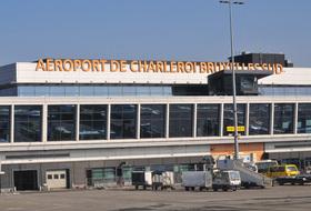 Parques de estacionamento Aeroporto de Charleroi - Reserve ao melhor preço