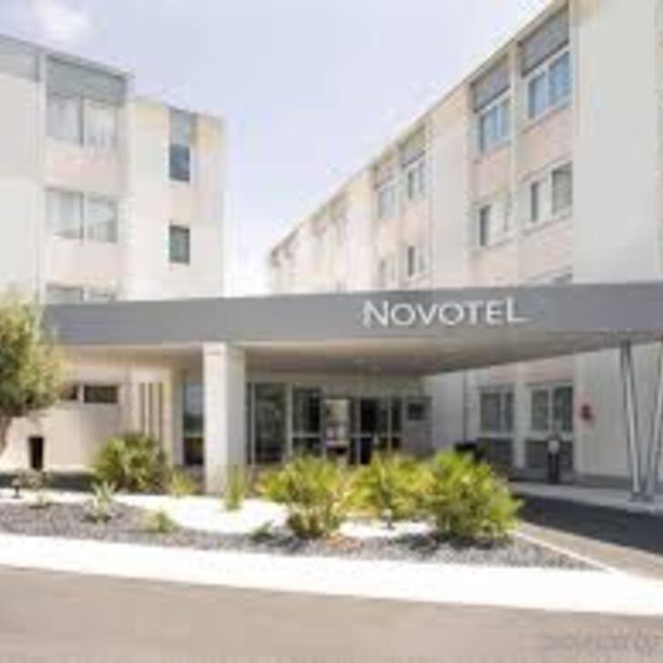 NOVOTEL BORDEAUX LAC Hotel Parking (Exterieur) Bordeaux