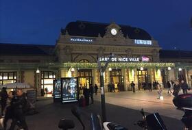 Parkplätze Bahnhof von Nizza in Nice - Buchen Sie zum besten Preis