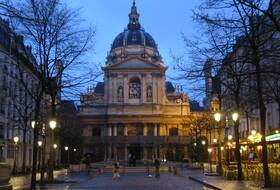 5th district car parks in Paris - Book at the best price