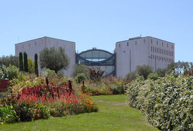 Museum of Modern and Contemporary Art car parks in Nice - Book at the best price