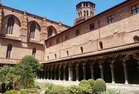 Augustinian Museum car parks in Toulouse - Book at the best price