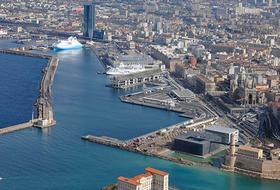 Parques de estacionamento Porto Autônomo em Marseille - Reserve ao melhor preço