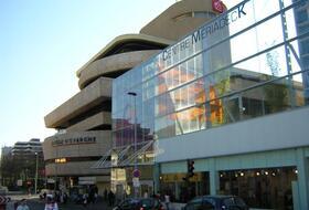Parkeerplaatsen Centrum Mériadeck in Bordeaux - Boek tegen de beste prijs