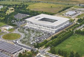 Parques de estacionamento Centro de Exposições Bordeaux Lac em Bordeaux - Reserve ao melhor preço