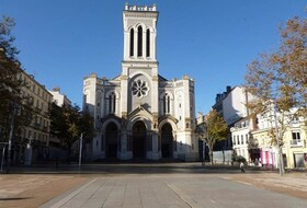 Parkings Lugar Jean Jaurès en Saint Etienne - Reserva al mejor precio