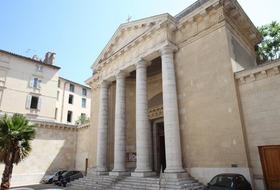Parkings Eglise Saint Louis à Toulon - Réservez au meilleur prix