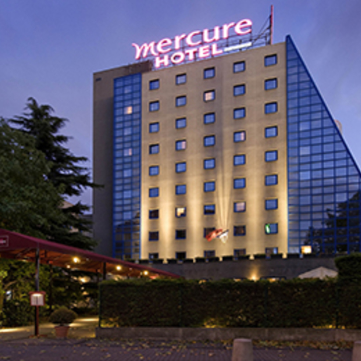 MERCURE PARIS PORTE DE PANTIN Hotel Car Park (Covered) Pantin