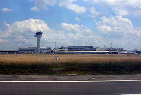 Bordeaux Mérignac Airport car parks - Book at the best price
