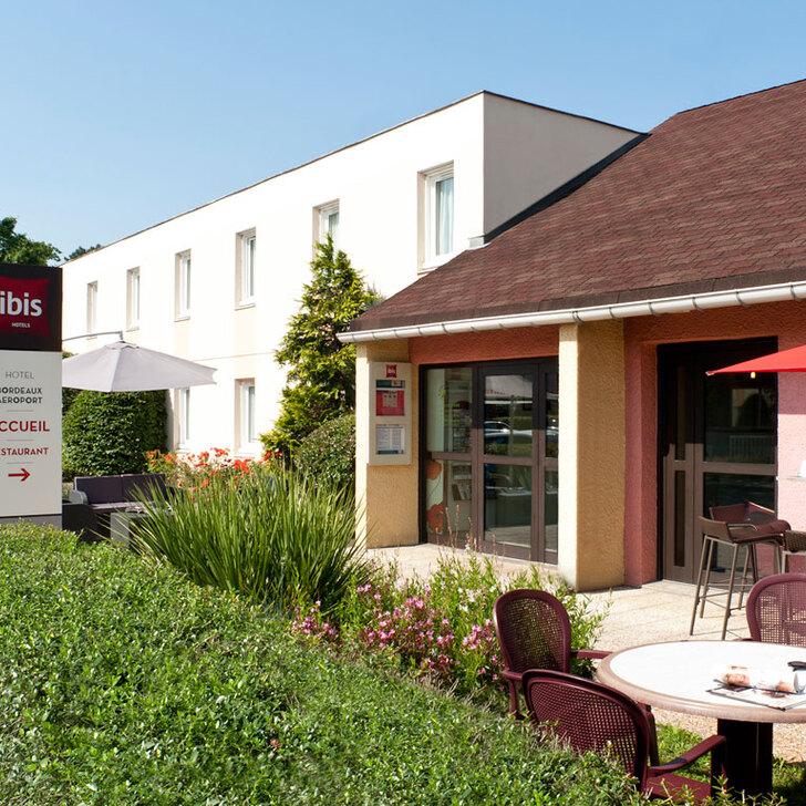 Parking Hotel IBIS BORDEAUX AÉROPORT (Exterior) Mérignac