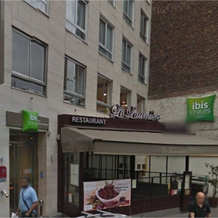 IBIS STYLES PARIS BUTTES-CHAUMONT Hotel Car Park (Covered) Paris