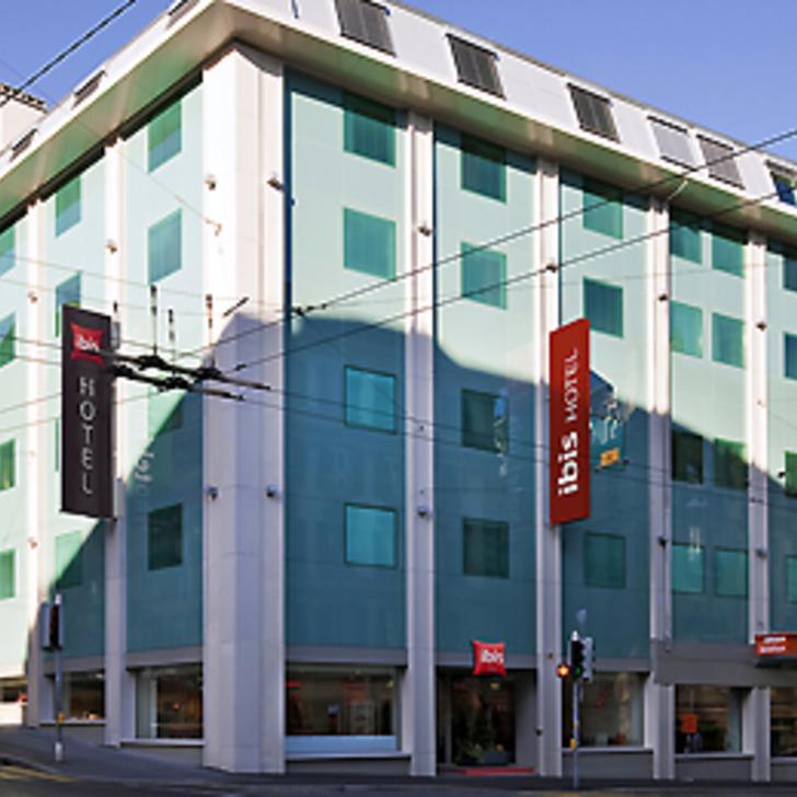 Hotel Parkhaus IBIS LAUSANNE CENTRE (Überdacht) Lausanne