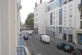 Parkeerplaatsen Moncey in Lyon - Boek tegen de beste prijs