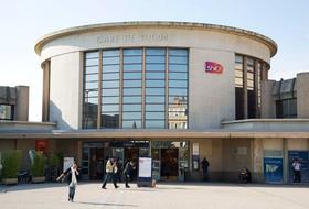 Parkeerplaatsen Station van Dijon in Dijon - Boek tegen de beste prijs