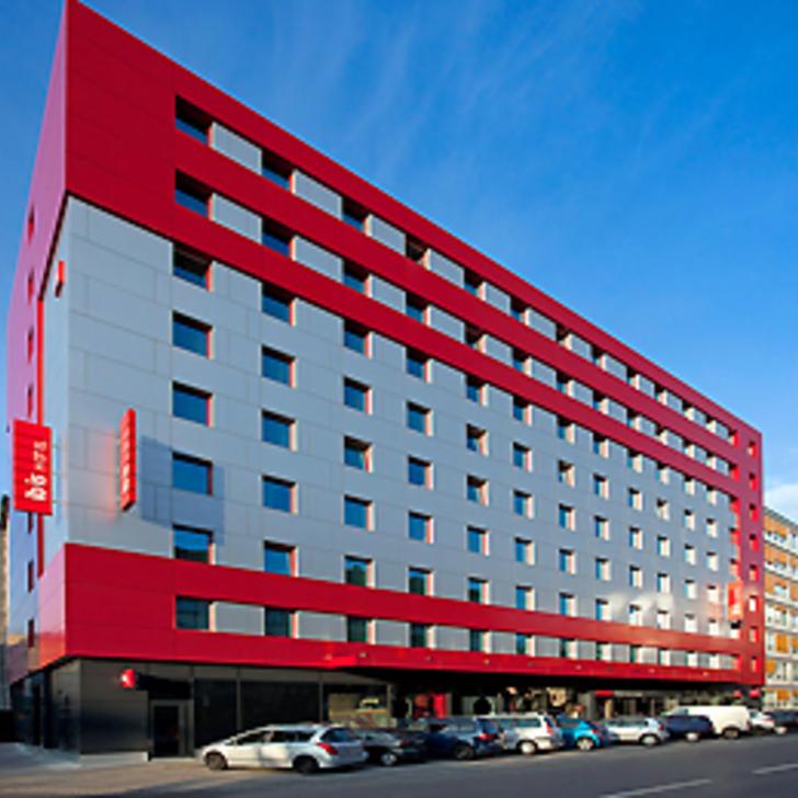 Parking Hôtel IBIS GENÈVE CENTRE NATIONS (Couvert) Genève