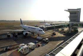 Parques de estacionamento Aeroporto de Estrasburgo - Reserve ao melhor preço