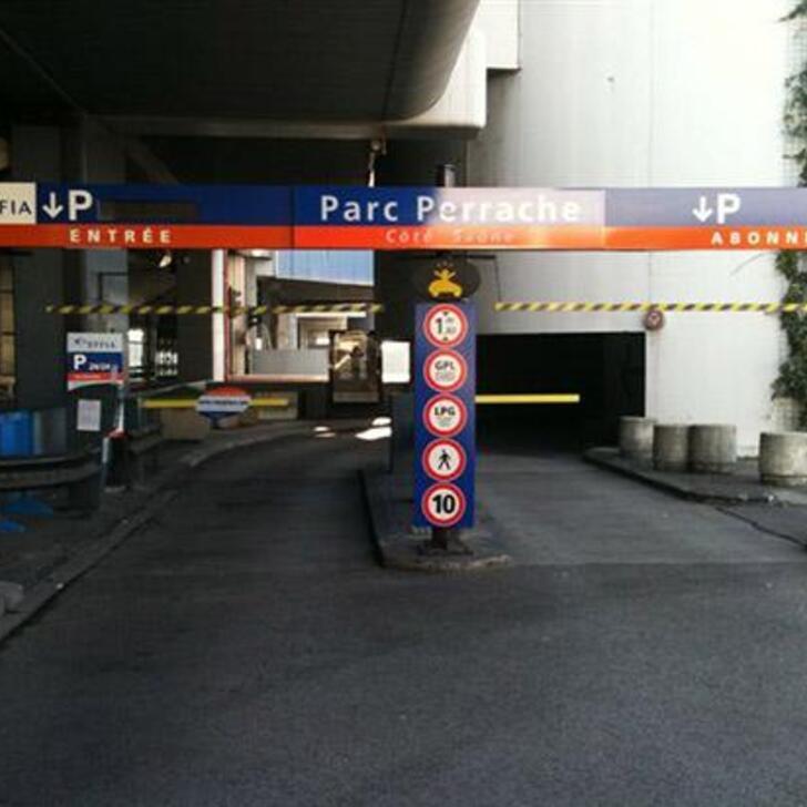EFFIA GARE DE LYON PERRACHE - CENTRE D'ÉCHANGE Officiële Parking (Exterieur) LYON