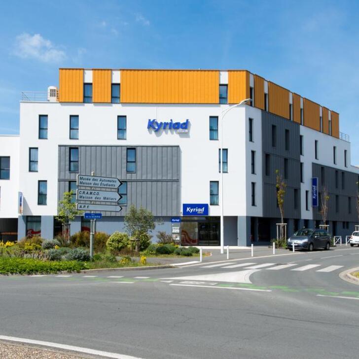 KYRIAD LA ROCHELLE CENTRE - LES MINIMES Hotel Parking (Overdekt) La Rochelle