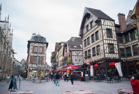 Car parks in Troyes city centre - Book at the best price