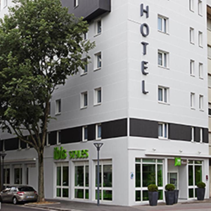 IBIS STYLES LYON VILLEURBANNE Hotel Car Park (Covered) Villeurbanne