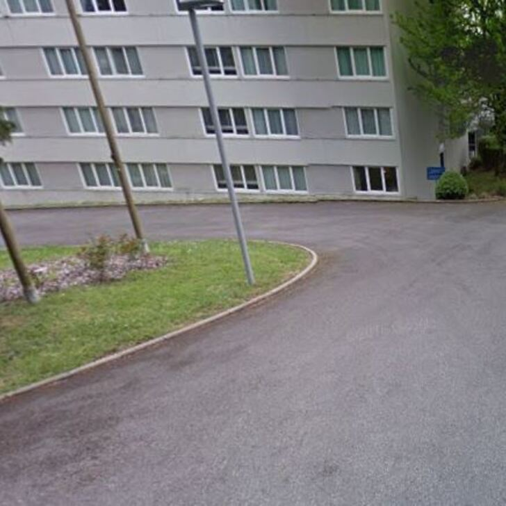 NOVOTEL LIMOGES LE LAC Hotel Car Park (External) Limoges