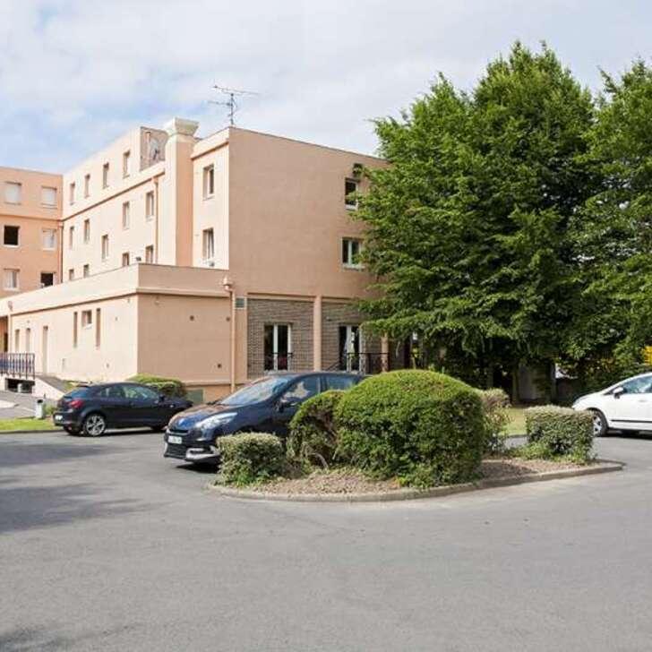 KYRIAD LILLE GARE GRAND PALAIS Hotel Parking (Exterieur) Lille