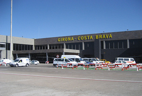 Girona-Costa Brava Airport car parks - Book at the best price