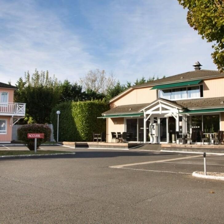 BRIT HOTEL ESSENTIEL ALBI Hotel Parking (Exterieur) Le Sequestre