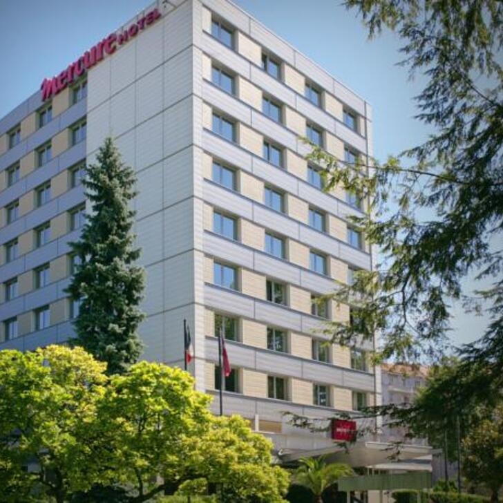 MERCURE BESANÇON PARC MICAUD Hotel Parking (Exterieur) Besançon