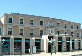 Parkeerplaatsen Station van Angouleme in Angoulême - Boek tegen de beste prijs