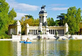 Parques de estacionamento Parque del Retiro em Madrid - Reserve ao melhor preço