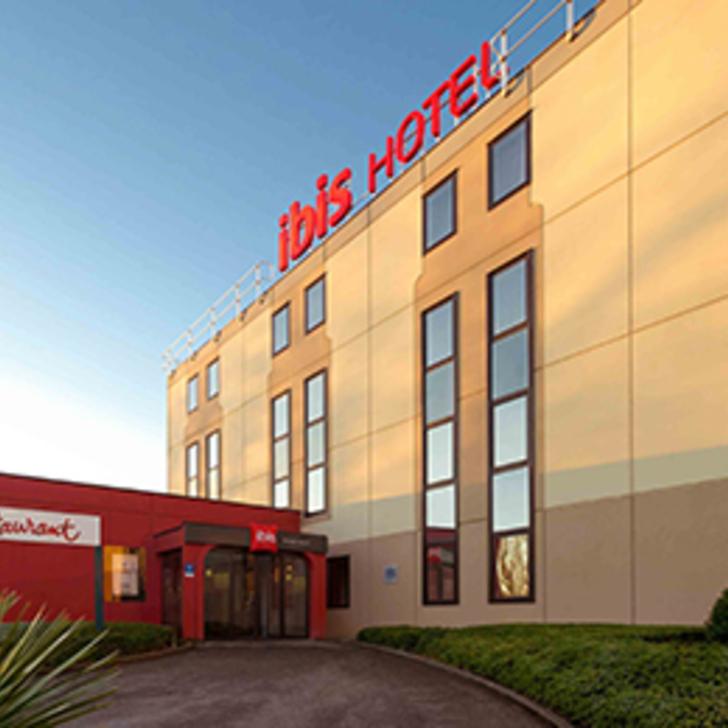 IBIS BRUSSELS AIRPORT Hotel Parking (Exterieur) Diegem