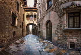 Gothic Quarter car parks in Barcelona - Book at the best price