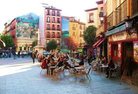 Parques de estacionamento Le quartier de La Latina em Madrid - Reserve ao melhor preço