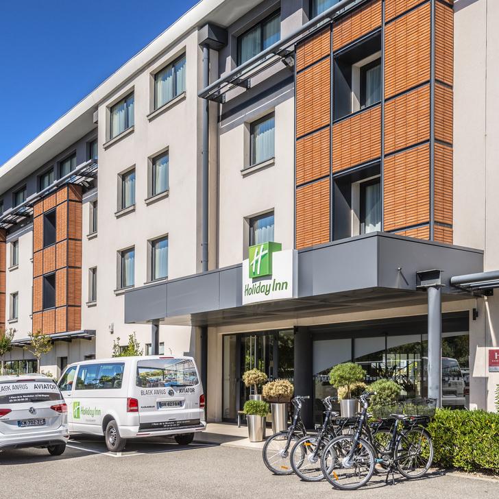 HOLIDAY INN TOULOUSE AÉROPORT Hotel Parking (Exterieur) Blagnac