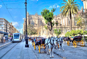 Car parks in Sevilla city centre - Book at the best price