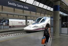 Seville-Santa Justa railway station car parks in Sevilla - Book at the best price