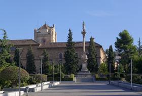 Plaza del Triunfo car parks in Granada - Book at the best price