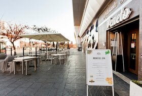 Calle Neptuno car parks in Granada - Book at the best price