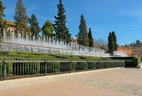 Calle La Paz car parks in Granada - Book at the best price