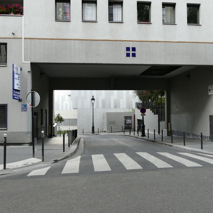 RUE CHRISTINE DE PISAN Parking Privaat Gebouw (Overdekt) Paris