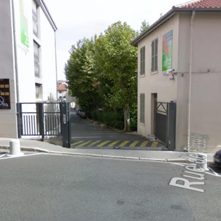 Parking Público CLINIQUE SAINT-CHARLES (Exterior) Lyon