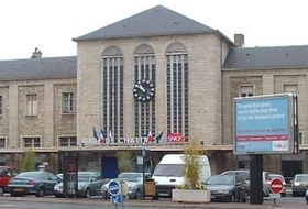 Station of Chartres car parks in Chartres - Book at the best price