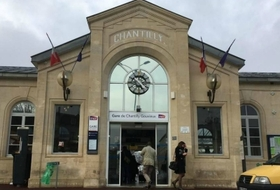 Chantilly station - Gouvieux car parks in Chantilly  - Book at the best price