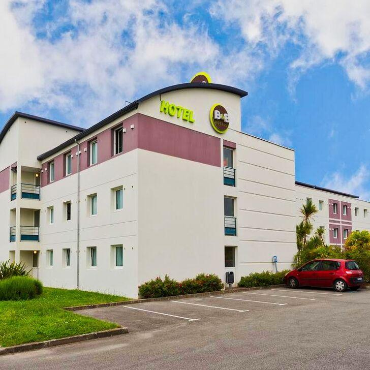 B&B NANTES AÉROPORT Hotel Parking (Exterieur) Bouguenais