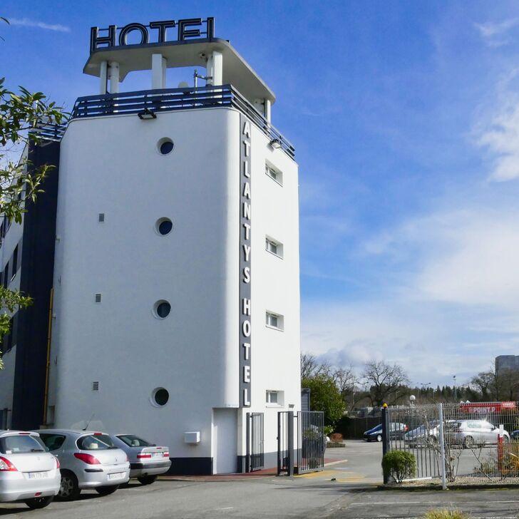 BEST WESTERN ATLANTYS HOTEL ZENITH NANTES Hotel Parking (Exterieur) Saint Herblain